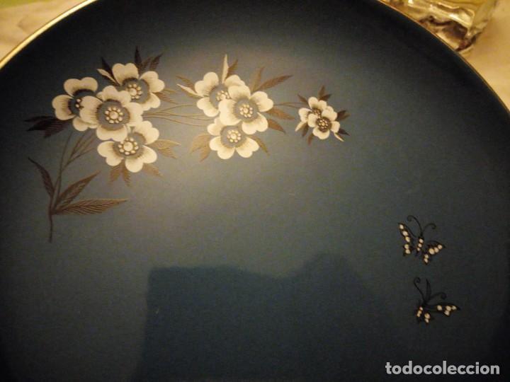 Vintage: Antiguo plato de porcelana Palissy 'Canton' Royal Blue Floral Butterflies. años 50 - Foto 2 - 135032646