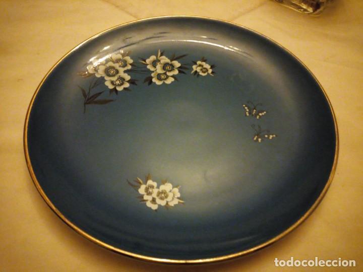 Vintage: Antiguo plato de porcelana Palissy 'Canton' Royal Blue Floral Butterflies. años 50 - Foto 5 - 135032646