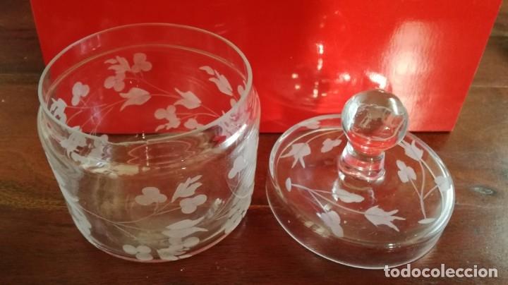 Vintage: Bote de tocador de cristal tallado - Foto 2 - 135504421