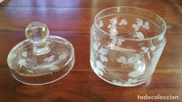 Vintage: Bote de tocador de cristal tallado - Foto 3 - 135504421