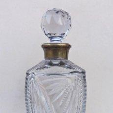 Vintage: LICORERA DE CRISTAL TALLADO. Lote 136078910