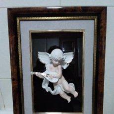 Vintage: 1-ANTIGUO CUADRO CON ANGELOTE EN RELIEVE. Lote 136196438