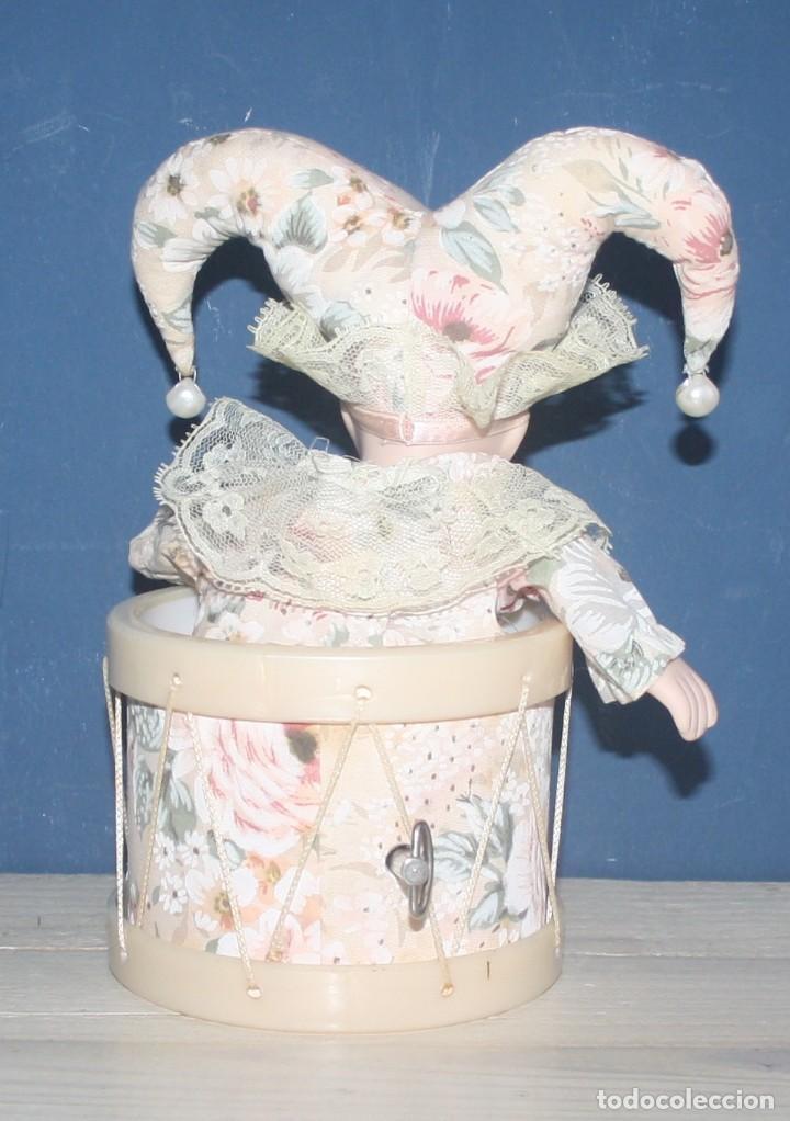 Vintage: Muñeco musical - bufón de porcelana - Con movimiento - Made in Taiwan - Foto 2 - 137130110