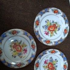 Vintage: 3 PLATOS PORCELANA ESPAÑOLA CON BORDE EN ORO DE LEY. Lote 137571586