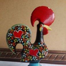 Vintage: GRAN FIGURA GALLO DE PORTUGAL EN CERAMICA TIPICO RECUERDO PINTADO 20 CM DE ALTURA. Lote 140689437