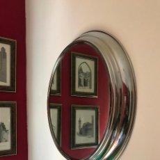 Vintage: BONITO ESPEJO REDONDO METÁLICO VINTAGE. AÑOS 60. Lote 140997078