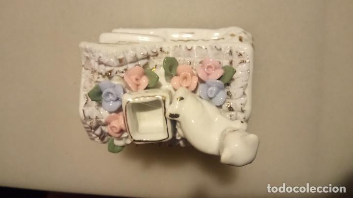 Vintage: Antigua cesta joyero de porcelana con flores y gato - Foto 4 - 141330166
