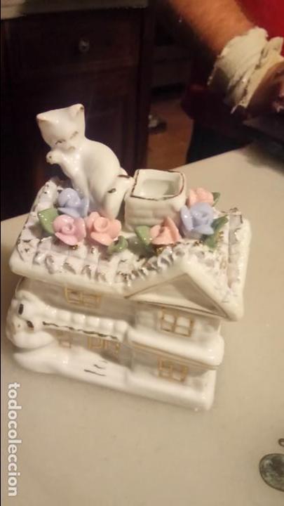 Vintage: Antigua cesta joyero de porcelana con flores y gato - Foto 2 - 141330166