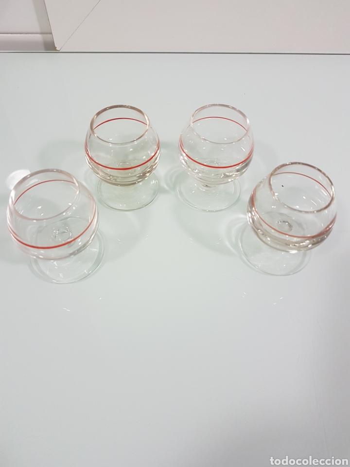 CUATRO VASOS CHUPITOS CRISTAL VINTAGE (Vintage - Decoración - Cristal y Vidrio)