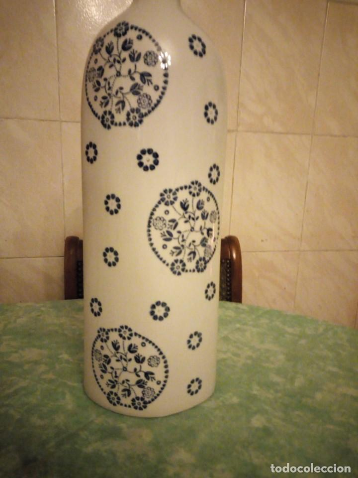 Vintage: jarron porcelana sia home fashion,blanco con flores azul cobalto. - Foto 2 - 143594950