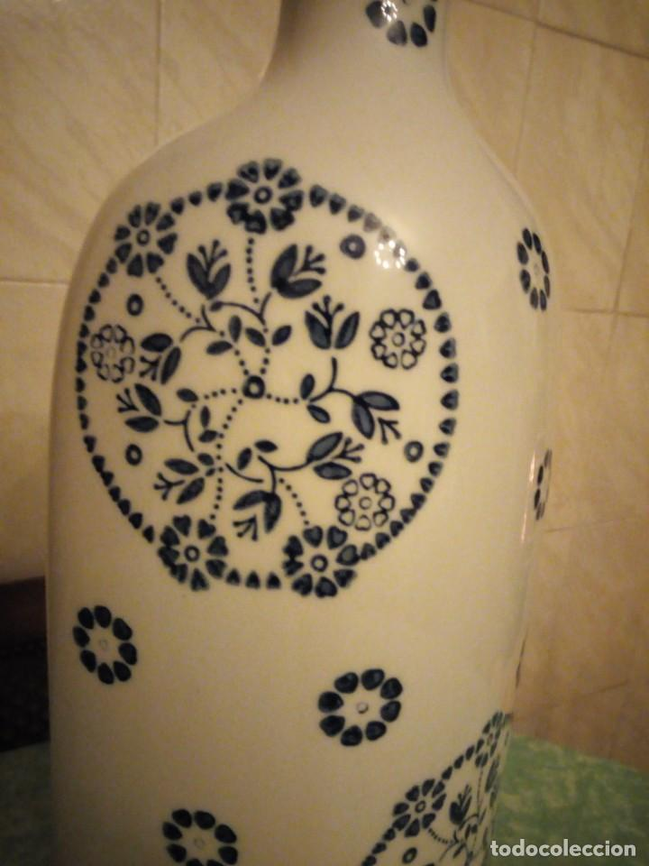 Vintage: jarron porcelana sia home fashion,blanco con flores azul cobalto. - Foto 3 - 143594950
