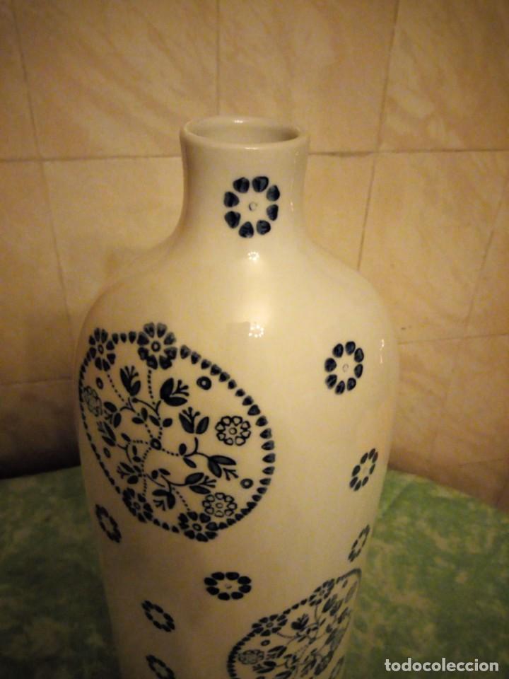 Vintage: jarron porcelana sia home fashion,blanco con flores azul cobalto. - Foto 5 - 143594950