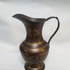 Vintage: JARRA DE BRONCE, PINTADA A MANO. JARRON. DECORATIVO. FABRICADA EN INDIA. Lote 144652710