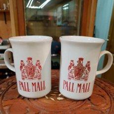 Vintage: PAREJA DE JARRAS DE CERAMICA CON PUBLICIDAD DE PALL MALL. Lote 151887038