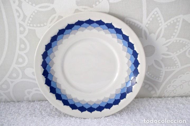 PLATO DE PORCELANA PONTESA-VINTAGE (Vintage - Decoración - Porcelanas y Cerámicas)