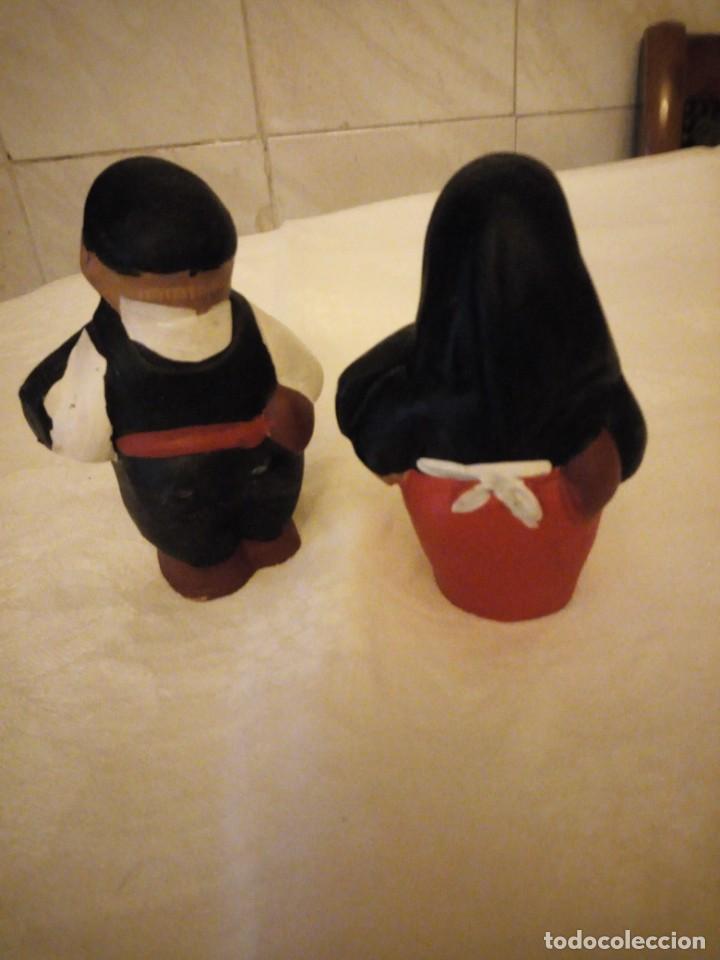 Vintage: Lote de 2 figuras de terracota santa a mafiusa y ninu u mafiuso. - Foto 3 - 152219966