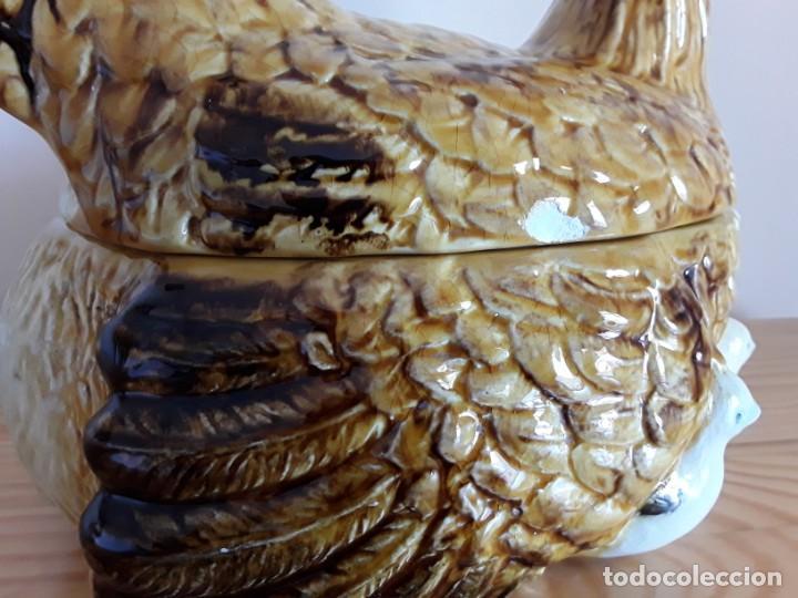 Vintage: Gallina cerámica esmaltada, huevera - Foto 2 - 153111654