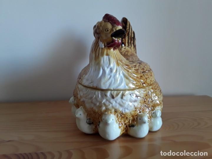 Vintage: Gallina cerámica esmaltada, huevera - Foto 5 - 153111654