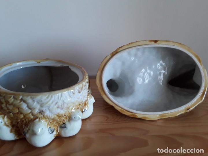 Vintage: Gallina cerámica esmaltada, huevera - Foto 6 - 153111654