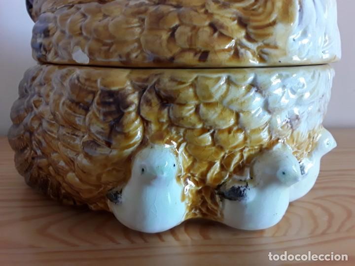 Vintage: Gallina cerámica esmaltada, huevera - Foto 10 - 153111654
