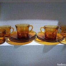 Vintage: LOTE SEIS TAZAS DE CAFÉ Y SEIS PLATOS DURALEX ÁMBAR. Lote 153884385