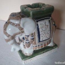 Vintage: ELEFANTE CON CENICERO DE PORCELANA. SELLO EN LA BASE.. Lote 154208038