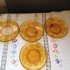 Vintage: 4 PLATOS DE DESAYUNO DURALEX AMBAR MARGARITAS GRABADAS. Lote 154864550