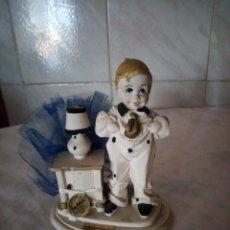 Vintage: BONITA FIGURA DE NIÑO VALENTINOS MARFINIT,CON BOLSITA DE CARAMELOS,AÑOS 80. Lote 155860486