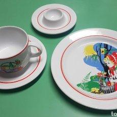 Vintage - Juego desayuno con taza, plato y huevera. Caperucita. Made in Poland. P T. Tuiowic Stoneware - 156854858