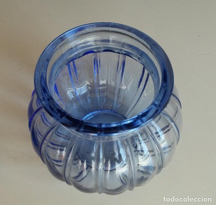 Vintage: Florero de cristal azul. Años 50-60 - Foto 6 - 157752850
