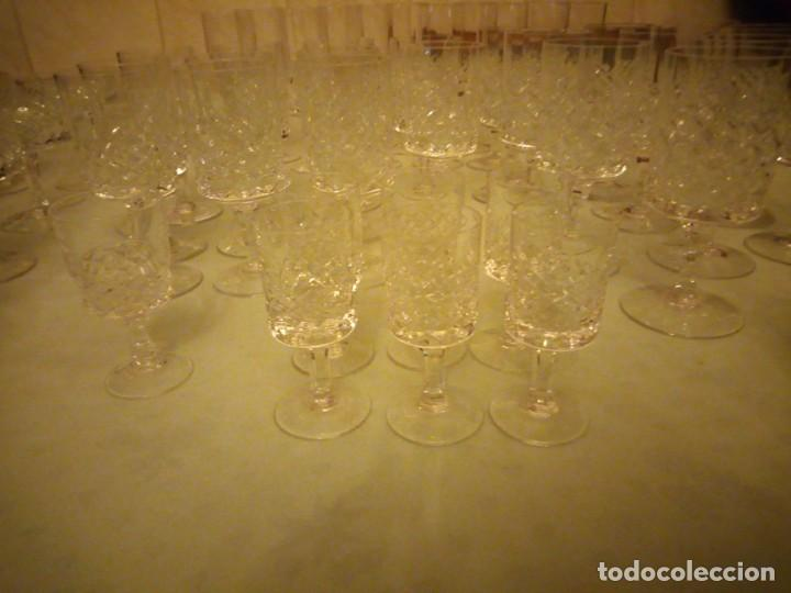 Vintage: Antigua cristalería compuesta de 55 piezas,vino,champagne,coctel,licor,años 70 - Foto 4 - 157981694