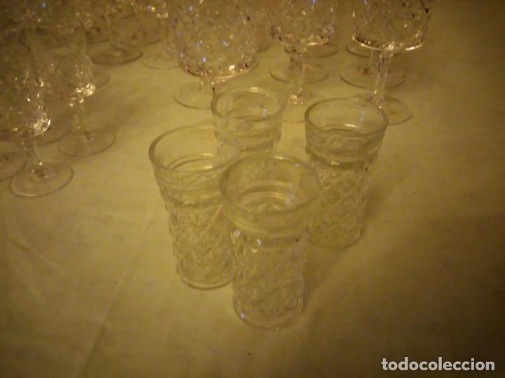 Vintage: Antigua cristalería compuesta de 55 piezas,vino,champagne,coctel,licor,años 70 - Foto 7 - 157981694