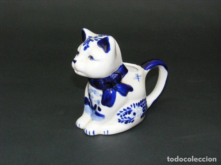 JARRA PARA LECHE - FIGURA DE PORCELANA HANDP D BLUE Nº 635 - . (Vintage - Decoración - Porcelanas y Cerámicas)