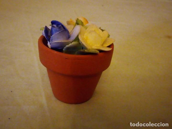Vintage: Bonita maceta con flores de porcelana,sellada. - Foto 5 - 159412662