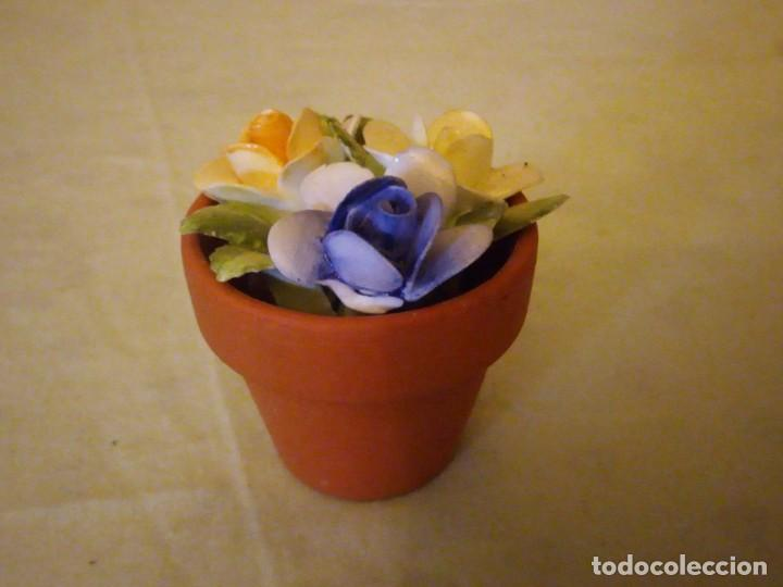 Vintage: Bonita maceta con flores de porcelana,sellada. - Foto 6 - 159412662