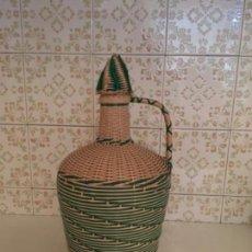 Vintage: DAMAJUANA O GARRAFA RECUBIERTA DE PLÁSTICO. Lote 159453438