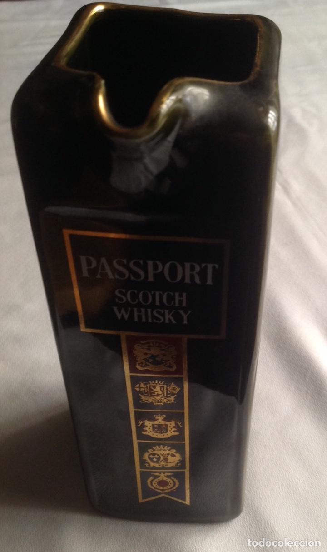 Vintage: Jarra de cerámica whisky PASSPORT - Foto 3 - 161372462
