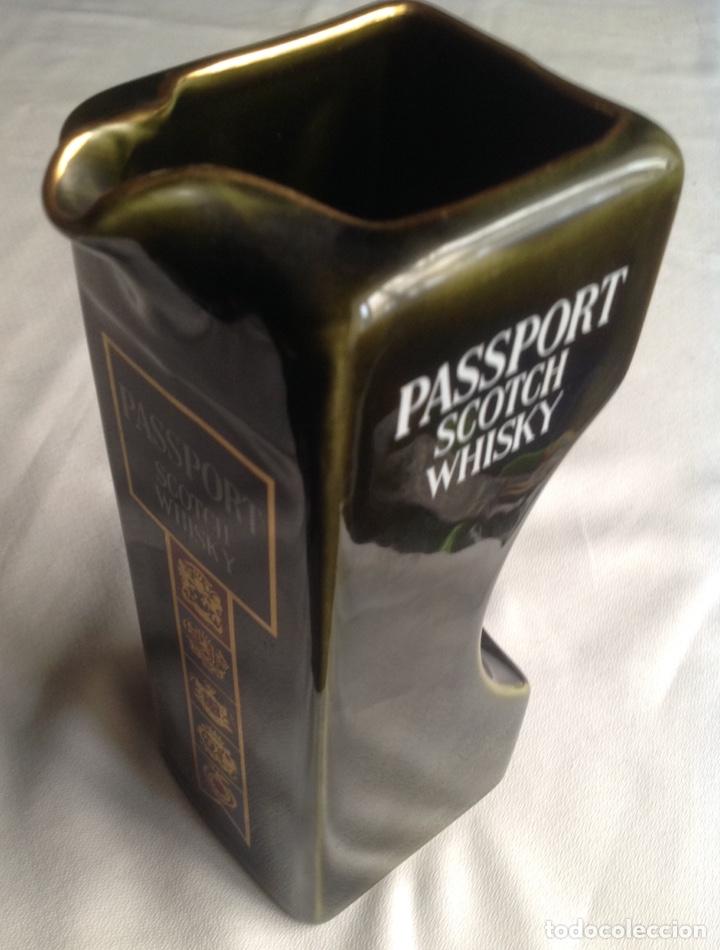 Vintage: Jarra de cerámica whisky PASSPORT - Foto 4 - 161372462