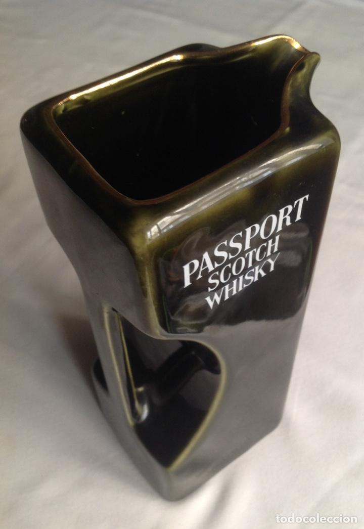 Vintage: Jarra de cerámica whisky PASSPORT - Foto 5 - 161372462