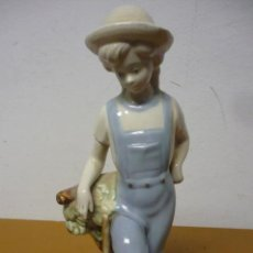 Vintage: FIGURA PORCELANA LABRADOR MADE IN SPAIN CON SELLO DELA MARCA. Lote 162284774