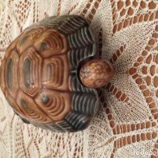 Vintage: CAJA TORTUGA EN PORCELANA VIDRIADA.. Lote 162446502