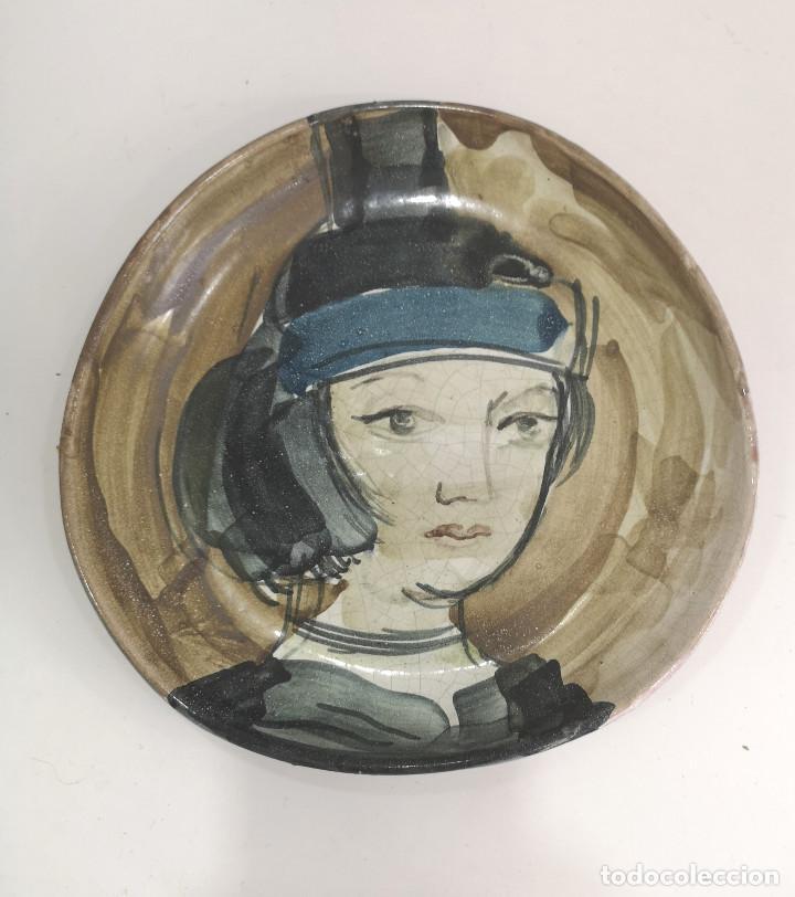 PLATO CERÁMICA DISEÑO FIRMADO D.G VINTAGE (Vintage - Decoración - Porcelanas y Cerámicas)