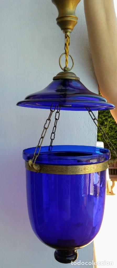Vintage: LAMPARA COLGANTE AZUL DE VIDRIO Y BRONCE - Foto 2 - 164318242