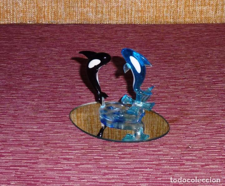 FIGURA DE CRISTAL CON ORCAS (BALLENAS). (Vintage - Decoración - Cristal y Vidrio)
