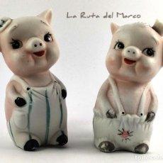 Vintage: SALERO Y PIMENTERO DE BISCUIT - PAREJA DE CERDITOS. Lote 167467084