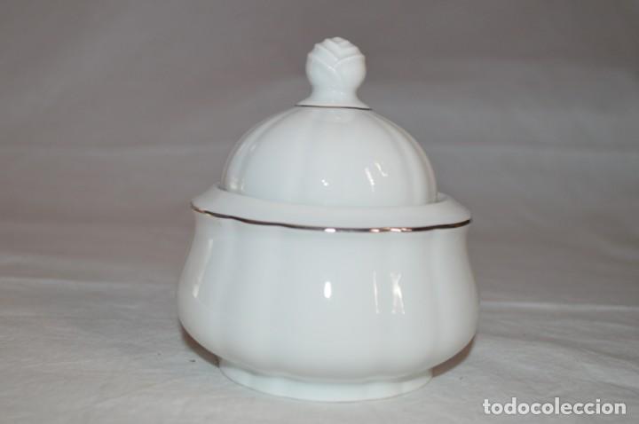 AZUCARERO EN PORCELANA FINA DE BOHEMIA. ROMANJUGUETESYMAS. (Vintage - Decoración - Porcelanas y Cerámicas)