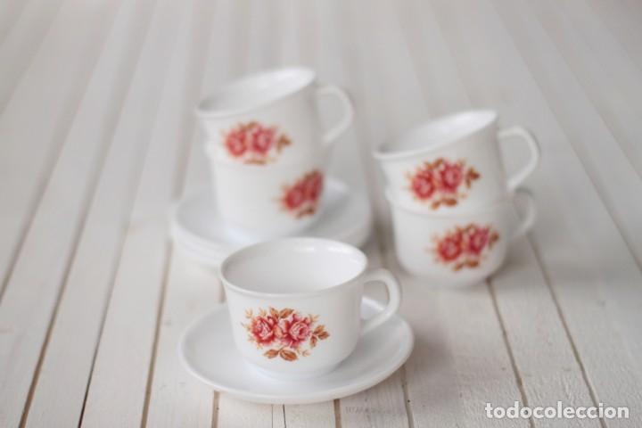 Vintage: Lote 5 tazas y 4 platos de café opalina serigrafiados con motivos florales - Vintage - Foto 2 - 168888052