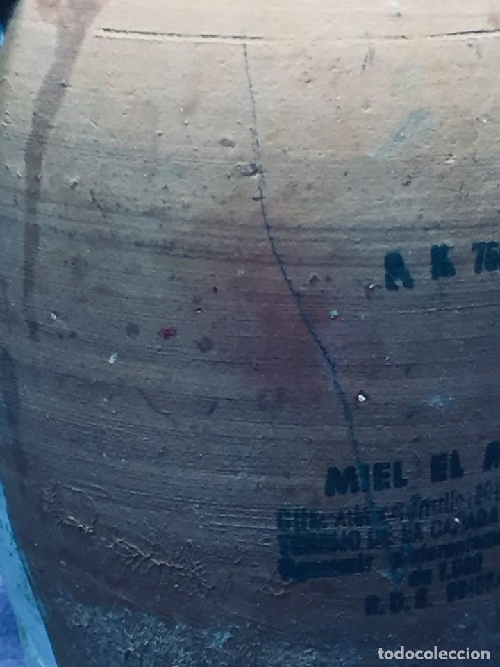 Vintage: antigua mielera miel el maño rdo de canfranc barro cocido zaragoza 1988 17 cm - Foto 7 - 236333960