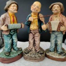 Vintage: 3 FIGURITAS DE PORCELANA ABUELOS ALEGRES, HECHO A MANO, PORTUGAL. Lote 170256052