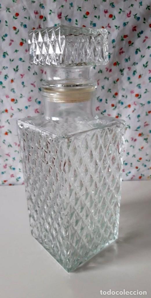 LICORERA DE CRISTAL LABRADO-NESCAFE-AÑOS 70-80 (Vintage - Decoración - Cristal y Vidrio)